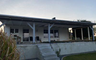 Terrassenüberdachung mit Lichtplatten